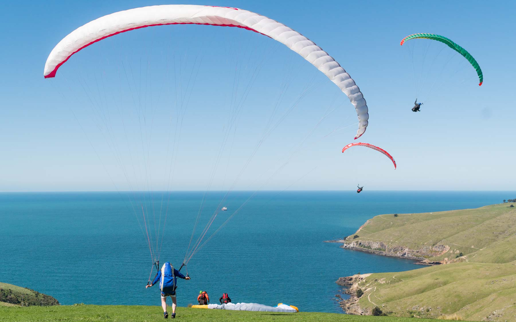 A paraglider attempts to take off at Sumner, Christchurch.